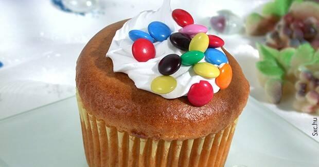 Ujatoba_cupcake