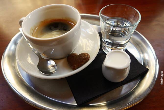 Ujatoba_cafe