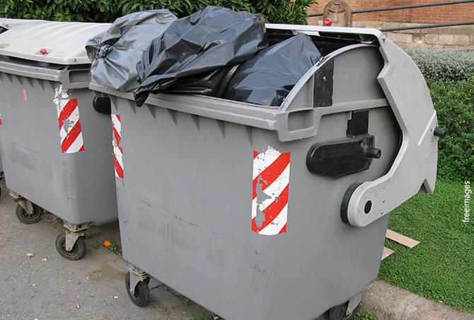 Ujatoba_lixo