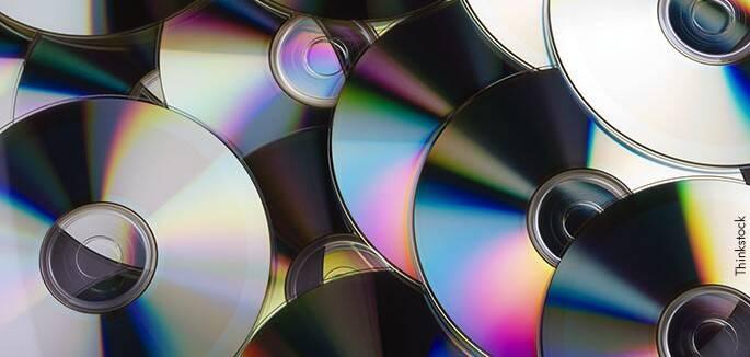 Ujatoba_cd_dvd