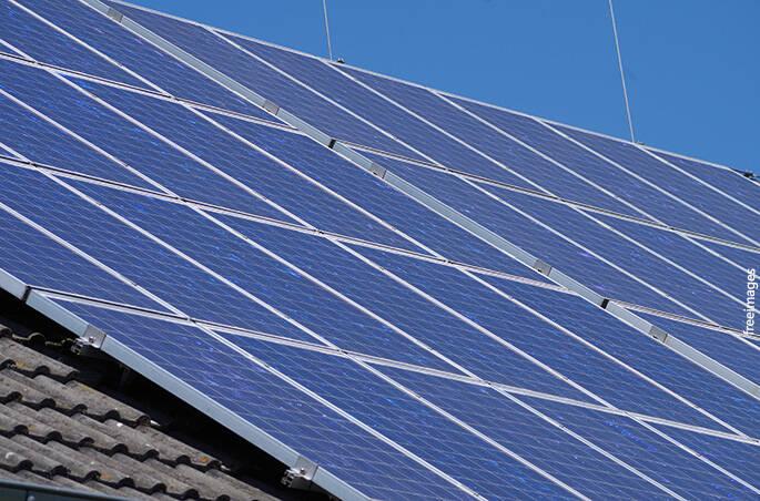 Ujatoba_energia_solar