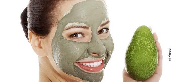 4 . Anote a receita do creme de abacate para passar na pele ressecada