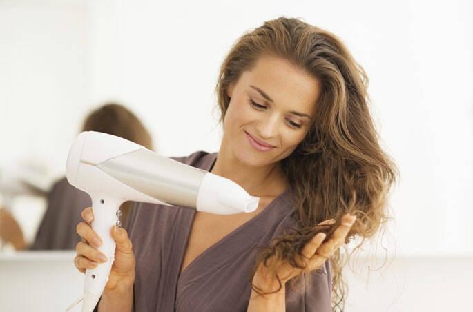 1 – Você nunca limpou o secador de cabelo