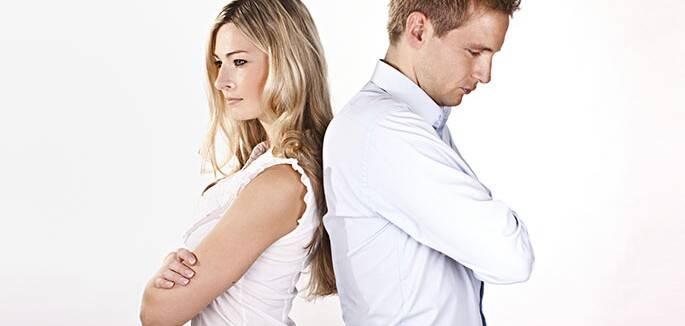 Universo-Jatoba-casal-crise