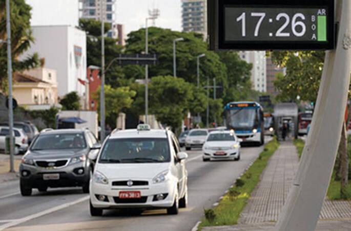 taxi-compartilhado-ecod