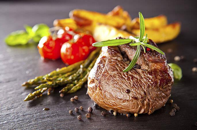 3) Porco, frango, peixe ou carne bovina: qual carne é mais gordurosa?