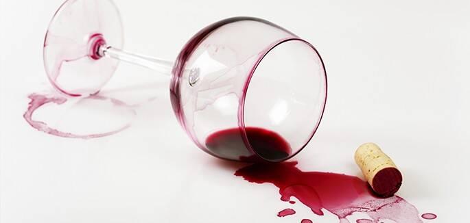 Universo-Jatoba-manchas-vinho